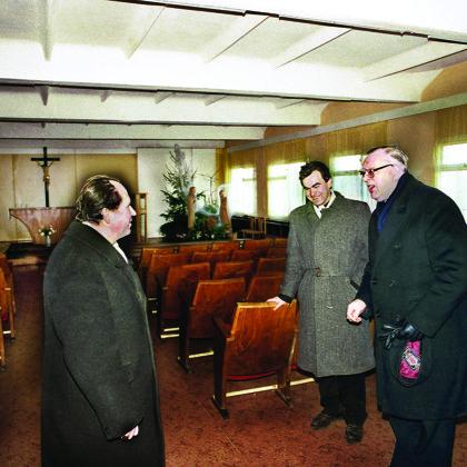 Vyskupas Juozapas Matulaitis ir arkivyskupas Jonas Bulaitis Elektrėnų parapijos koplyčioje