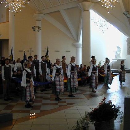 2004.          Įstojimas į Europo Sąjungą