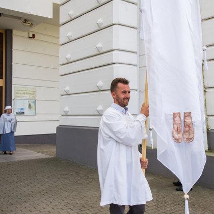 Procesijų vėliavų nešėjai